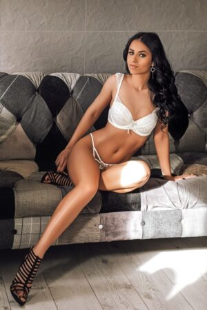 Adrianna Marble Arch based Escort in London at 24hr London Escorts