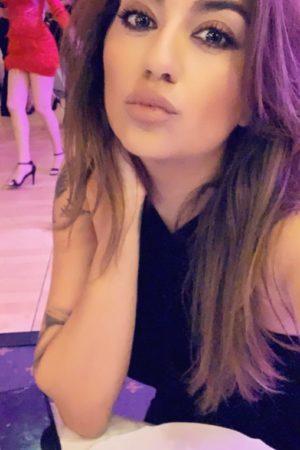 Busty & Slim Paddington Escort Crystal's kissy face selfie at 24hr London Escorts Agency