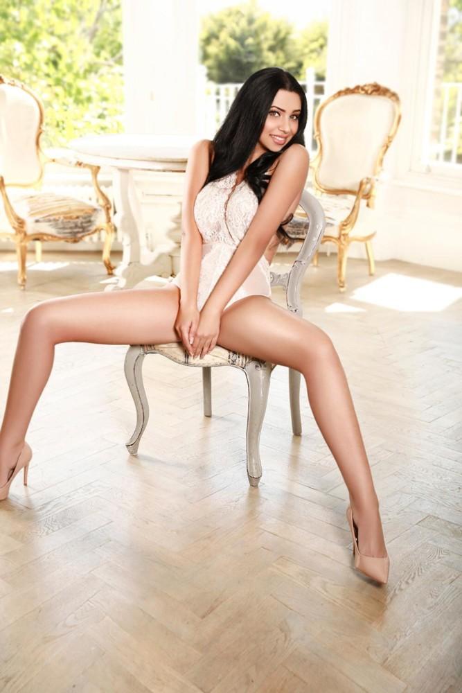 Paddington Escort Layla. Stunning slim and busty model. Busting it open at 24hr London Escorts Agency