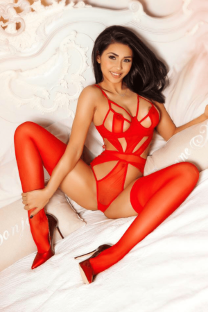 Lolita Gorgeous Model and Escorts in London or 24hr London Escorts Agency