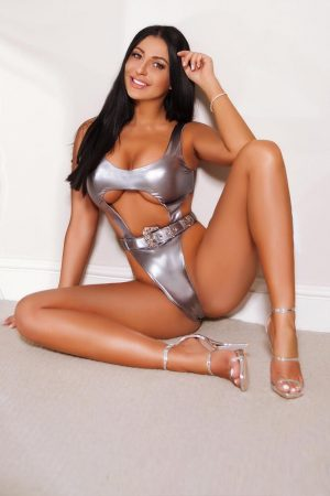 Ally Elite All Natural Escort in London