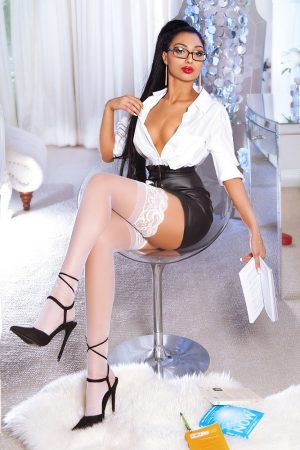 Amira Bond Street London Escort