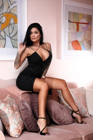 Escort in Edgware Road London Ericka